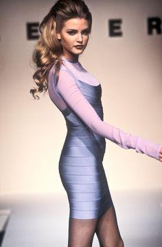When supermodels ruled the world — Herve Leger S/S 1992 Model: Nadja Auermann Omar Epps, Commercial Modeling, Nadja Auermann, Original Supermodels, Queen Mother, Herve Leger, Ex Girlfriends, Alberta Ferretti, Kylie Jenner