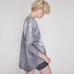 Sweatshirts - Popielata bluza z dłuższym tyłem - ein Designerstück von Mulholland-Life bei DaWanda