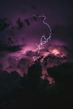 Es hermoso decearia tener ese cielo en mi techo