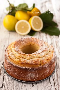 Ciambella al limone senza burro morbidissima Sweets Recipes, Cake Recipes, Cooking Recipes, My Favorite Food, Favorite Recipes, Glaze For Cake, Light Cakes, Torte Cake, Gateaux Cake