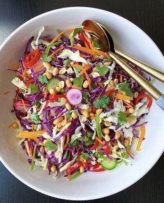Summer Picnic Salads, Chinese Cabbage Salad, Wonton Strips, Crispy Wonton, Cabbage Salad Recipes, Stuffed Mini Peppers, Pesto Chicken, Sweet Chili, Recipe Details