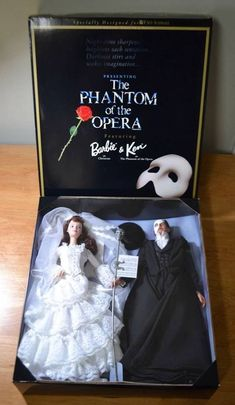 The Phantom of the Opera 1998 Barbie Doll for sale online Broadway Theatre, Musical Theatre, Broadway Shows, Musicals Broadway, Barbie And Ken, Barbie Dolls, Disney Dolls, Poupées Barbie Collector, Paris Opera House