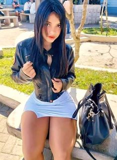 Sexy Asian Girls, Sexy Hot Girls, Sexy Outfits, Sexy Dresses, Pernas Sexy, Art Visage, Sexy Jeans, Sexy Curves, Stylish Girl