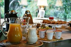 Breakfast at Bed and Breakfast San Giacomo Horses - Arluno (Milano) Hotel Breakfast, Bed And Breakfast, San Giacomo, Did You Eat, Recipe Of The Day, Horses, Meals, Table Decorations, Healthy