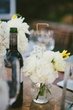 deco-mariage-champetre-deco-mariage-discount-la-bouteille-de-vin-et-fleurs