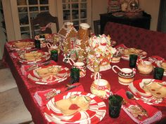 peppermint gingerbread table setting