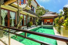 Beautiful Villa With Bali Sea View