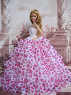The best barbie games and the best games for girls here : http://www.barbiegamesworld.com
