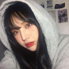 Cute Korean Girl, Asian Girl, I Love Girls, Cute Girls, Cute Selfie Ideas, Ulzzang Makeup, Uzzlang Girl, Portrait Inspiration, Best Face Products