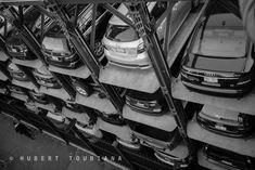"Risky walk in NYC - Promenade risquée dans New-York...  © Hubert Toubiana <a href=""https://www.hubert-toubiana-photo.com/"">hubert-toubiana-photo.com</a>  <a href=""https://www.facebook.com/hubert.toubiana.photography/"">Facebook</a> <a href=""https://www.flickr.com/photos/144767232@N05/"">Flickr</a> <a href=""https://fr.pinterest.com/htoubianaphoto/"">Pinterest</a>  <a href=""https://twitter.com/htoubiana_photo/"">Twitter</a>"