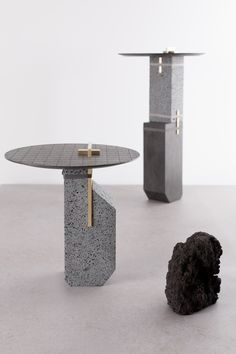 formafantasma_denaturafossilium_tables_ensemble