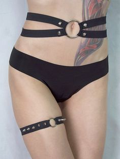 Single Black Elastic Studded Ring Spike Garter by Pornoromantic