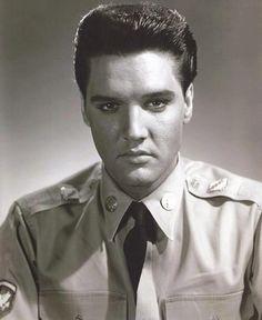 Elvis in uniform.