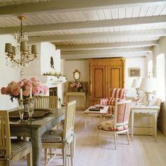 elegant+cottage+decor   Source de l'image (1) : houseandhome.com