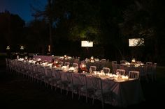 Mixed rectangular and long tables under the Moroccan stars!
