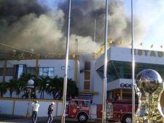 VOLANTAMUSIC: Fuego afecta oficinas de las Águilas en el estadio...