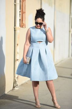 Plus Size Fashion - Girl with Curves - Cut Out Dress. For more inbetweenie and… Look Plus Size, Curvy Plus Size, Curvy Girl Fashion, Plus Size Fashion, Plus Size Dresses, Plus Size Outfits, Xl Mode, Moda Plus, Plus Size Kleidung