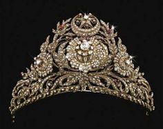 تيجان ملكية  امبراطورية فاخرة 75c313c8396809874c332b179b1d293c