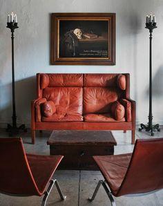 Nothing beats a good vintage Kare Klint settee