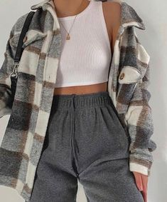 Adrette Outfits, First Date Outfits, Cool Outfits, Casual Outfits, Cozy Fall Outfits, Tumblr Outfits, Fashion Outfits, Sweatpants Outfit, Instagram Outfits