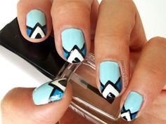 TUTORIAL! Mosaic in blue - geometric nails from http://polishcookies.blogspot.com/