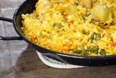 Paella de verduras | Delantal de Alces Spanish Dishes, Fried Rice, Fries, Recipies, Ethnic Recipes, Chia, Food, Sweets, Vegetarian