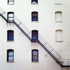 emergency stairs (by photoresonate on Flickr).