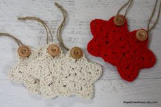 Crochet Star Ornament Christmas Tree Rustic Country Decor Gift Tag Package Topper Natural Ecru Holiday Red Twine Hanger Wood Button Set of 5 by #ThePatchworkNest #tpn #crochetstar #christmasornament