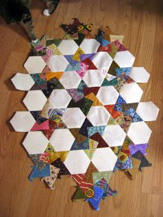 sarah did it!: Design Wall Monday - 10/29/12. Hexagon Puzzle. Fun handwork!