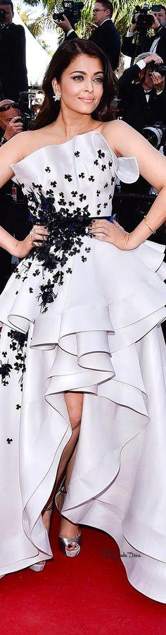 #Aishwarya #Rai in Ralph & Russo Couture♔ Cannes Film Festival 2015 Red Carpet ♔ Très Haute Diva ♔