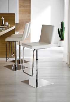 Afro-Sg Bar Stool in White by Domitalia, Made in Italy