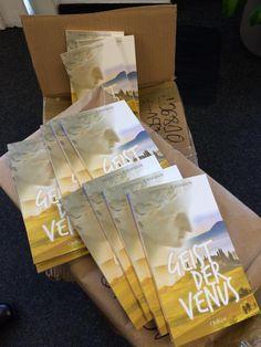 """Neue Bücher sind eingetroffen """"Geist der Venus"""" hat den Verlag erreicht ... Eine Kurzgeschichtensammlung von Wolfgang A. Gogolin  Bestell-Link über den Oldigor-Buchshop https://shops.supreme.de/oldigor-shop/allgemein/geist-der-venus/ oder über Amazon: http://www.amazon.de/Geist-Venus-Wolfgang-Gogolin/dp/395815039X/ref=la_B00455KAMO_1_5_bnp_1_pap?s=books&ie=UTF8&qid=1411978392&sr=1-5 #gogolin #neuerscheinung #geistdervenus #taschenbuch"""