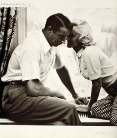 Marilyn and Joe: He loved her so much. Great picture.