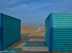 #rimini #myrimini #vivorimini #riminireservation #nikon #iamdifferent #iamnikon #d3100 #like4like #fotografando #spiaggia #geometrie #geometry #blue #azzurro #loveit #landscape #panorama #thisiswhereilive #ilovemycity by alessifabio88
