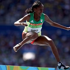 Etenesh Diro finishes steeplechase with one shoe  Ethiopian runner Etenesh Diro finished seventh ...