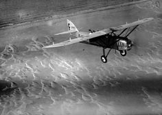 Laté 28 survolant le désert Mauritanien, 1927