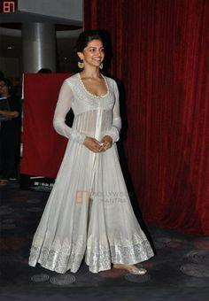 Deepika padukone White Anarkali Suit