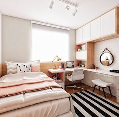 Bedroom ideas for small rooms for girls diy awesome ideas Small Room Bedroom, Home Decor Bedroom, Girls Bedroom, Girl Bedroom Designs, Bedrooms, Small Rooms, Diy Bedroom, Bedroom Ideas, Master Bedroom