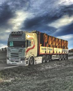 Cool Trucks, Big Trucks, Ferrari F80, Customised Trucks, Monster Trucks, Road Train, Cool Sports Cars, Volvo Trucks, Peterbilt