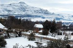 Akzente - Accommodation in Clarens. Clarens Self Catering Apartment, Flatlet Accommodation, Northern & Eastern Free State, Free State, South Africa Free State, Have A Shower, One Kings, Small Gardens, Golden Gate, Live, Rock Art, South Africa, Cottage
