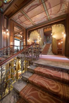 Hotel Solvay ♡ Bruxelas Art Nouveau, Art Deco, Amazing Spaces, Stairs, Mansions, House Styles, Home Decor, Arquitetura, Brussels
