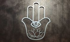 Hamsa Amulet Large Metal Wall Art – Hamsa Metal Art – Wall Art The Hamsa is a universal sign of protection that also represents blessings, power,