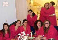 ¡Las Beauty Parties están de moda en Málaga! Estas chicas de Lucena (Cordoba) escogieron Málaga para celebrar la despedida de soltera de su amiga Isa, y que manera más original, divertida y especial que organizando una Beauty Party a domicilio.