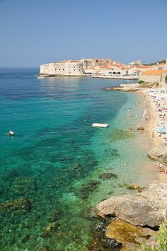 Dubrovnik, Croatia This is beautiful!!!