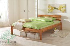 Włoski styl wprost ze słonecznej Toskanii w Twoim domu. Łagodne linie i ciepłe barwy buku tworzą spójną, przyjemną dla oka całość. Łóżko Lucca to doskonałe uzupełnienie Twojej sypialni. #łóżko #sklep #buk