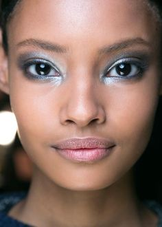 The new smoky eye you need to try this Fall