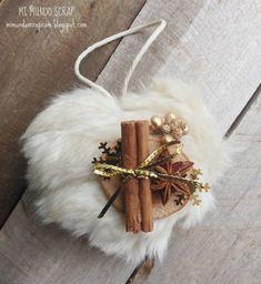 Mini corazón navideño peludo