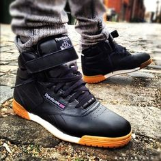 Trying to find more info on sneakers? Then simply click right here for more info . Mens Sneakers With Wide Toe Box Sneakers N Stuff, Sneakers Looks, Shoes Sneakers, Sneakers Sale, Sneakers Design, Yellow Sneakers, Women's Sneakers, Running Sneakers, Running Shoes For Men