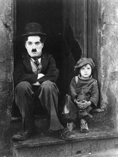 Read my brief introduction to early silent films HERE Charlie Chaplin was not just a silent movie actor, he was an icon of early cinema. Chaplin was a writer, Charlie Chaplin, Cinema Tv, Films Cinema, Old Movies, Great Movies, The Kid 1921, Margaret Bourke White, Charles Spencer Chaplin, Vintage Films