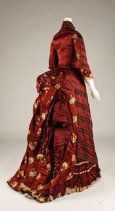 "Silk ensemble (two bodices by different makers), 1879, French. Label ""Leroyer & Ducas/27 Boul. Haussmann, Paris"". Back view."